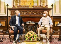 Afghan Foreign Minister in India for talks