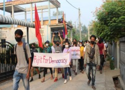 MYANMAR PROTESTERS HOLD MORE RALLIES, WORLD BANK WARNS OF SLUMP