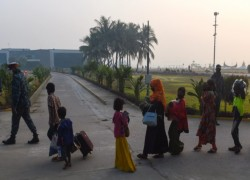 Cyclone season awaits thousands of Rohingya on Bangladesh island