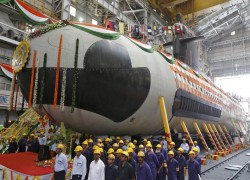 India Wants More Nuclear Submarines and Less Aircraft Carriers