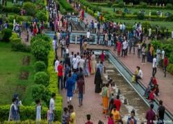 বাংলাদেশ: এ কেমন লকডাউন!