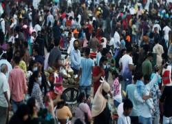 তীব্র মহামারী সঙ্কটে ভারত, রবিবার ৯৩,২৪৯ জন সংক্রমিত