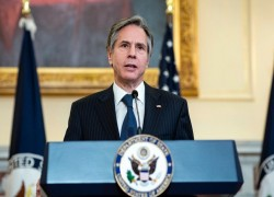US officials to meet with NATO as Afghanistan deadline looms