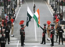 'PAKISTAN, INDIA HELD SECRET TALKS TO BREAK KASHMIR IMPASSE'