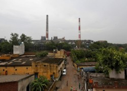 INDIA COULD BUILD NEW COAL PLANTS DUE TO LOW COST DESPITE CLIMATE CHANGE: POLICY PAPER