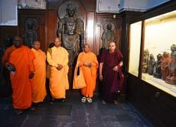 Buddhist monks reach Pakistan on religious pilgrimage