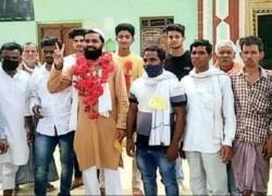 মুসলমান আলেমকে 'গ্রাম-প্রধান' নির্বাচিত করলেন হিন্দু সংখ্যাগরিষ্ঠ অযোধ্যার গ্রামবাসী