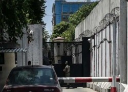 Taliban threatens Afghan security guards at Australian embassy