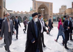 Let Iran choose its next president