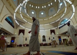 মসজিদের মাইকে আজানের শব্দসীমা আরোপকে সমর্থন করলো সৌদি কর্তৃপক্ষ