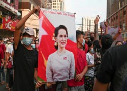 Trial of Myanmar's Aung San Suu Kyi gets under way