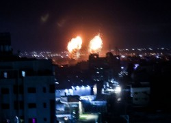 ISRAEL STRIKES HAMAS SITES OVER FIRE BALLOONS; WOMAN SHOT DEAD BY ISRAELIS IN WEST BANK