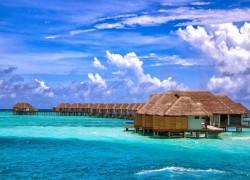 Russian tourists make big splash in the Maldives