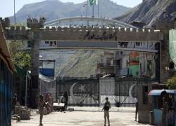 Pakistan shuts door to further Afghan refugees