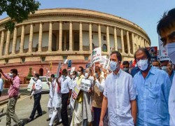 India is now a parliamentary democracy without a functioning parliament