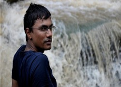 6 Islamist militants in Bangladesh get death penalty for killing gay rights activist