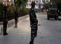 India locks down restive Kashmir after burial of Geelani