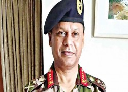 BANGLADESH'S ARMY CHIEF RETURNS HOME FROM INDIA VISIT