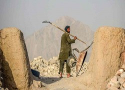 Political uncertainty clouds China Inc.'s Afghanistan ambitions
