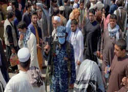 TALIBAN BAN FEMALE EMPLOYEES FROM ENTERING MINISTRY OF WOMEN