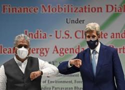 John Kerry Visits New Delhi