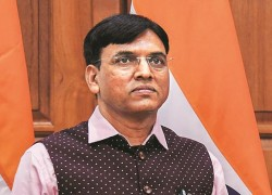 INDIA TO RESUME EXPORT OF COVID VACCINES FROM OCTOBER: MANSUKH MANDAVIYA